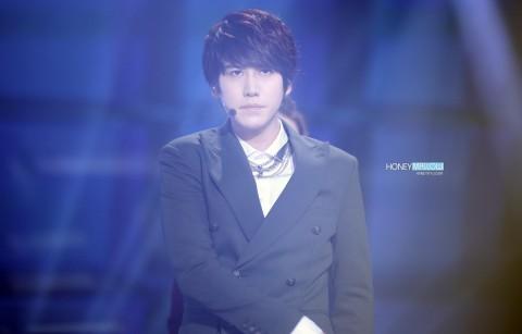 121229 Kyuhyun at MBC Entertainment Awards and SBS Gayo daejun | 5P